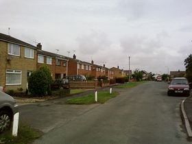 Houses in North Frodingham © Bry