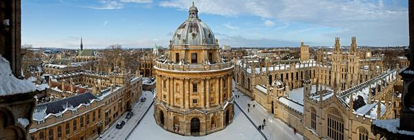 Panorama of Radcliffe Camera and All Souls college on a snowy day
