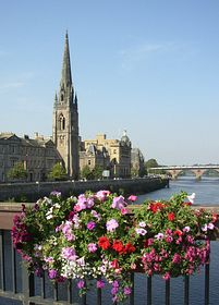 River Tay Perth © David Dunn