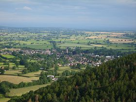 A photo of Pontesbury taken from Earls Hill © Jack Titley