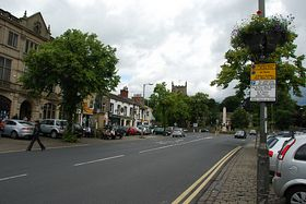 Skipton High St Looking towards the Church. © Mr Philip Moon ( Hkt,B )