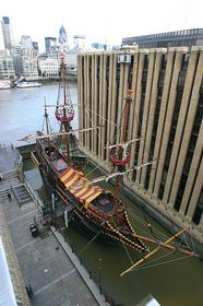 The Golden Hinde © Kevin Howell