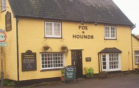 The Fox and Hounds Steeple Bumpstead © Yvonne