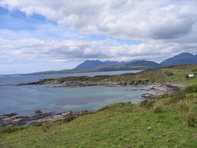 Tarskavaig Bay. May 2007. &copy Joanne Brockman