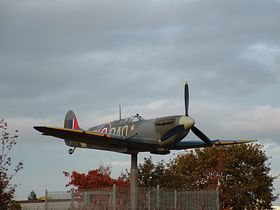 A model spitfire on a roundabout on Thornaby Road © ady