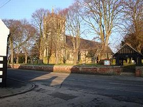 St Lawrence Church © Roy Brixton