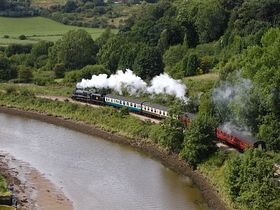 NYMR steam train leaving Whitby up the Esk Valley ©  Chris Watson